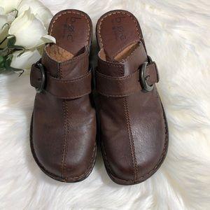 BOC Born Concept brown clogs